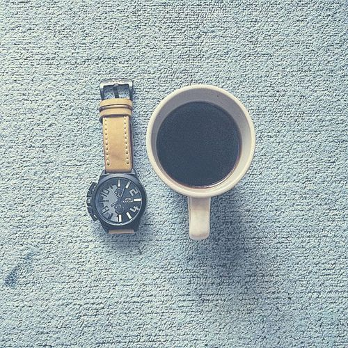 Not Quality Time but quality Moment ... 😊⌚☕ Resnapshoot Instapic Instaphoto Instacoffee Blackcoffee Coffee Coffeemoment Watch Oakley Like4like PhonePhotography Photooftheday Instadaily Followme Justpost Latepost Morning Yogyakarta Java INDONESIA