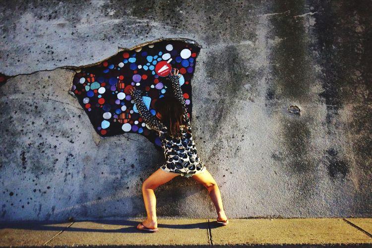 tag girl Graffiti Wall Mosaic Art Water Full Length Spraying Wet