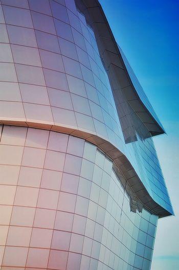 Colourful Curves Colour Your Horizn Art Nikon D5100  Winnipeg EyeEm Best Shots Smart Simplicity Discover Your City The Architect - 2015 EyeEm Awards Amazing Architecture Pivotal Ideas Minimalist Architecture Break The Mold