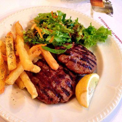 Greek burger without bread :) #WeLoveBurger #TBEXathens #TBEX