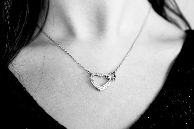 Accessory Necklace Jewelry One Person Heart Shape Pendant Midsection Indoors  Close-up Women Adult Love Front View Emotion Valentine's Day - Holiday Fashion Studio Shot Positive Emotion Chain Locket Wealth