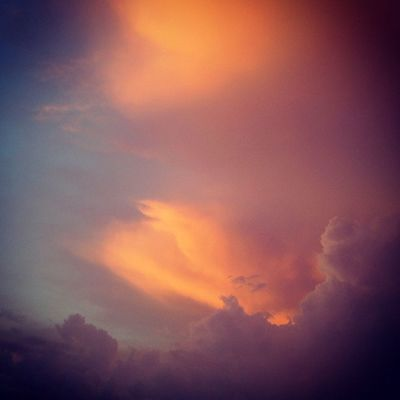Otra nube Sunset And Clouds