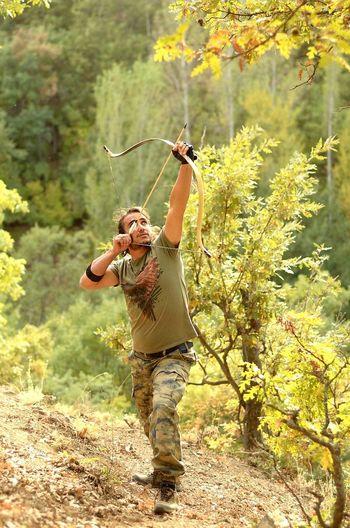 Archery Forest National Traditional Traditionalarchery Treaking Ok Yay Arrow Bow Okcu Kocyigit Malatya Türkiye Gelenekseltürkokçuluğu Gelenekselokçuluk Okculuk One Person People Full Length Outdoors Nature