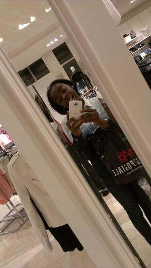 In Forever 21 Wif Mwe Mwommy !! <3 .