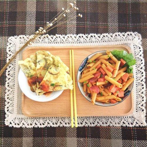 慵懶午後 西班牙風情 馬鈴薯蛋餅 +火腿番茄通粉