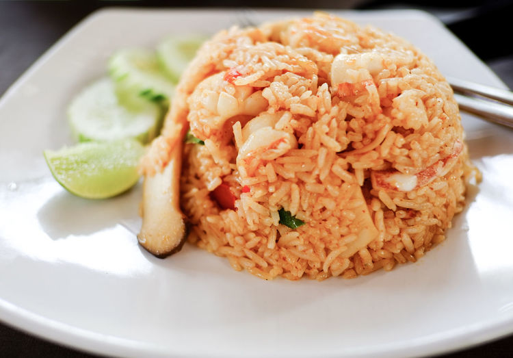 Delicious Seafoodfriedrice Food Food And Drink Seafood Thaifood