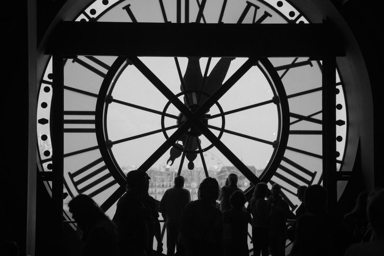Musée D'Orsay Paris Travel Memories Travel Photography Real People Large Group Of People Indoors  Silhouette Men Lifestyles Built Structure Architecture Clock