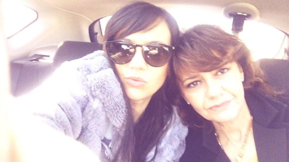 Sunglasses Two People Mummy Young Women Selfie Friendship Lifestyles Car Women Beautiful Woman Portrait Happiness Togetherness Real People Smiling Self Portrait Close-up Adults Only Day Adult