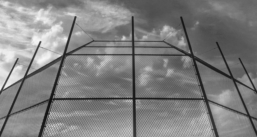 Random Low Angle View Sky Cloud - Sky Architecture Outdoors Baseball Fence Samsungphotography Snapseed EyeEm Gallery Klique Klique Blackandwhite Hello World Streetphotography Sunset_collection City Tranquility Edited My Way