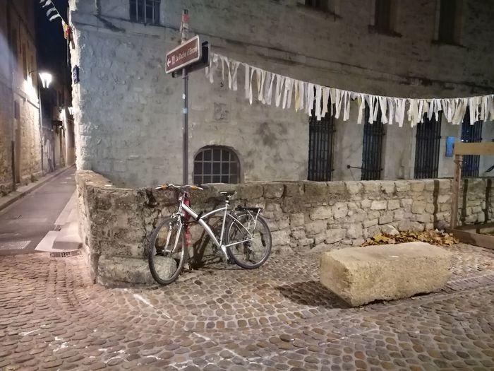 Avignon ,rue Des Teinturiers Built Structure Architecture Mode Of Transport Transportation No People Building Exterior