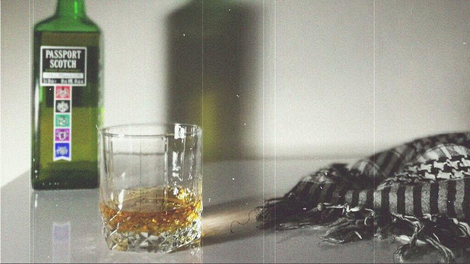 Mobilephotography Whiskey Passportscotch 16x9 Huaweiphotography HuaweiP9 Ezdadsehran 16x9photography Drinktime Whisky