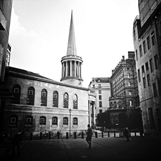 Praying London Walking Around Oxford St