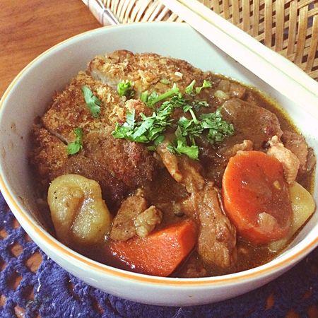 มาม่าแกงกะหรี่หมูทอด Japanese Curry Noodles and Tongkatsu Food Porn Yummy My Food