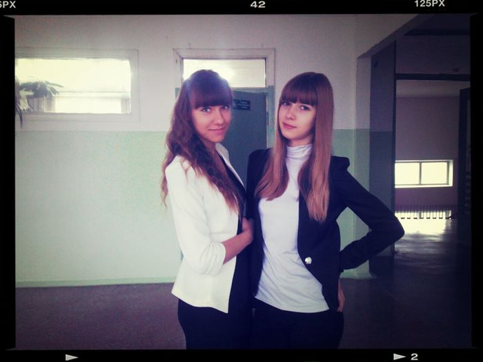 Shool Today Friends ❤ Мы в школе по-моему только фоткаемся:D
