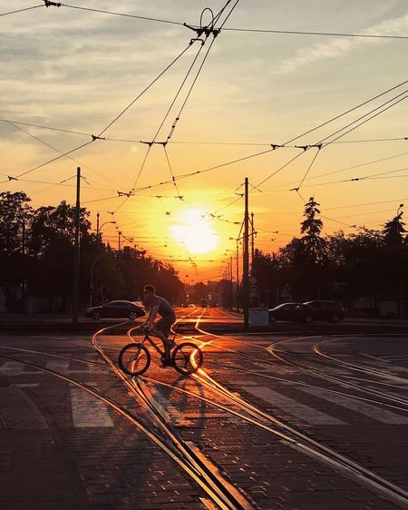 City Citylife Sunset Sunset_collection Streetphotography Sommergefühle Summer Cyclist Mobility In Mega Cities