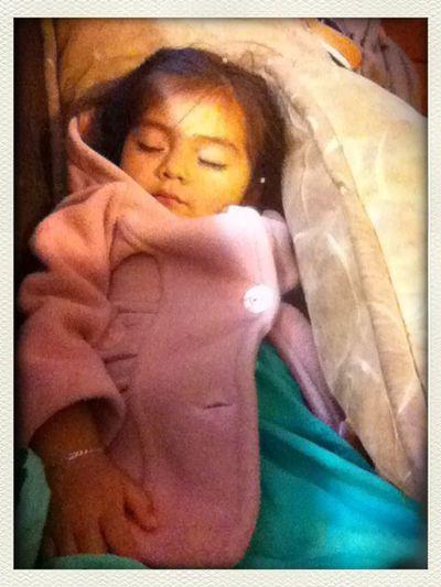 Cayo Rendida My Nena Hermosa