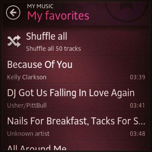 Sebanyak-banyak track dalam fon, 50 je jadi favorite :-D Love Songs Favoriteplaylist