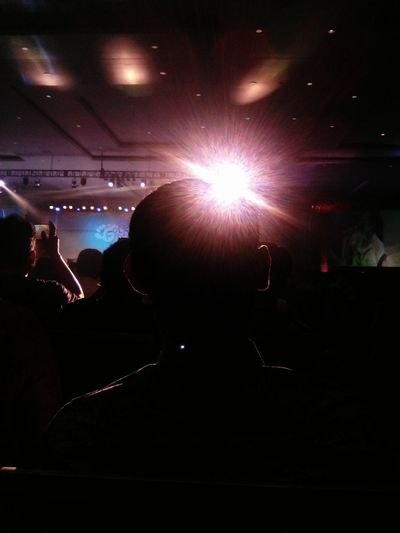 dark room Enjoying Life Huawei Taking Photos Bndcc
