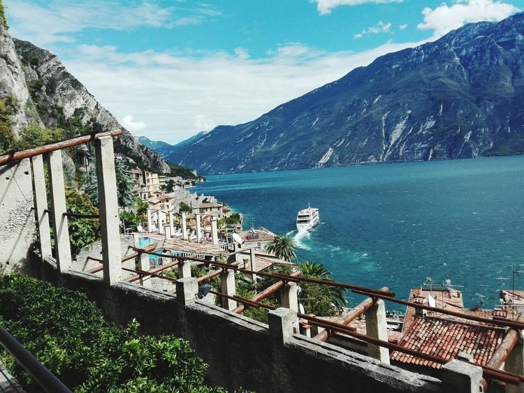 Last Days of Summer... Gardasee Limone Sul Garda Lago Di Garda Italy Blue Tranquil Scene Sky Water Outdoors Summer Summer Views Whataday Mountain Cloud - Sky Multi Colored Travelingtheworld  Traveller Limonedigarda Beauty In Nature