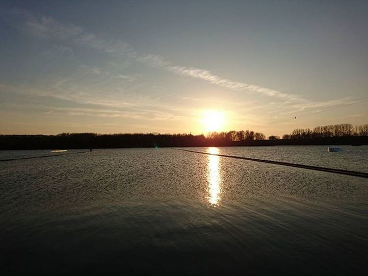 Sunset Sundown Sky Lake Water Epicsunset Epic Landscape Landscape_captures Xperiaphoto Mobilephotography Inspiration Nofilter Noedit Sun Horizon Beautiful Bestoftheday Waterreflection