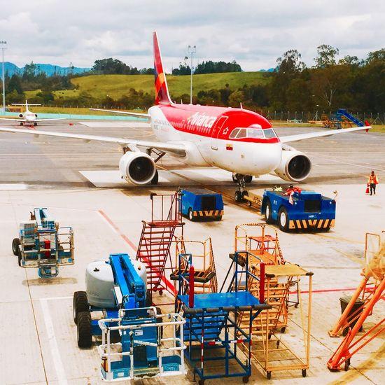 Aviacion Avianca Aviones Airplane Airport Medellín