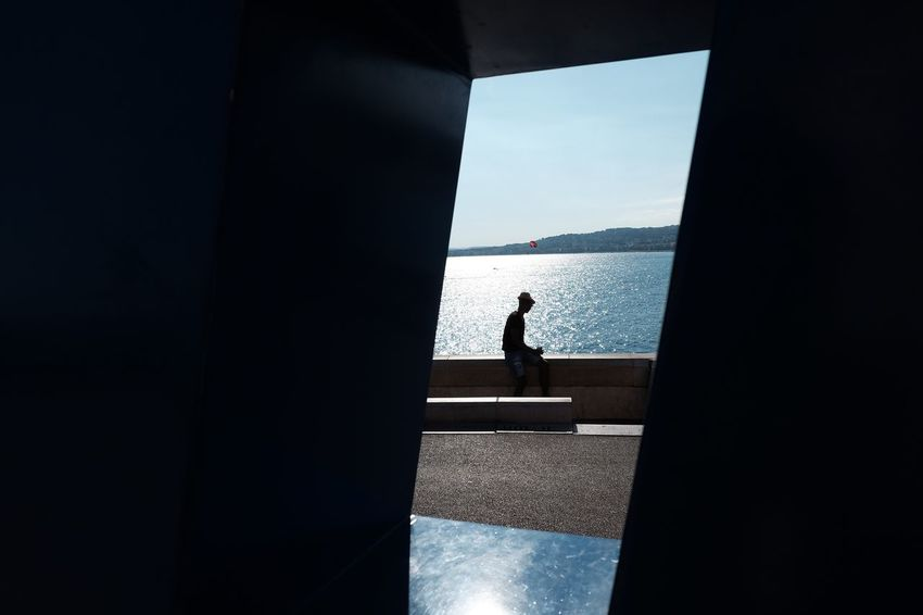Lost In The Landscape One Person Day Real People Sea Sunlight Nature Men Sky One Man Only Architecture Silhouette Color Photography Streetphoto Outdoors Streetphoto_color Streetphotographer Colors Sea And Sky Nice