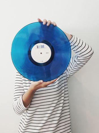 Human Body Part Human Hand One Person People Vinyl Vinyl Records Vinyllover Vinyljunkie Vinylcollector Vinyl Addict Vinyl Junkie Lalaland Lalaland 😍 La La Land Blue The Portraitist - 2017 EyeEm Awards
