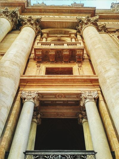 EyeEmNewHere Architecture Built Structure Building Exterior Architectural Column Low Angle View Day No People Moving Around Rome