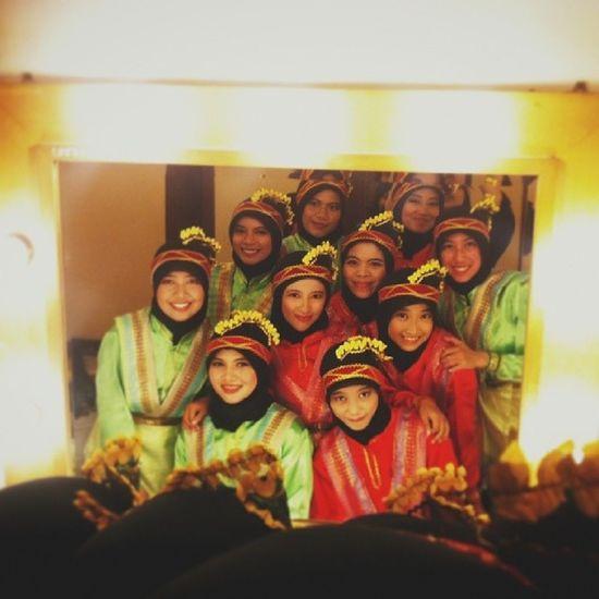 "SamanizerTL at back stage ""Silver Parade"" HMMT ITS Saman Traditionaldance Backstage"