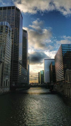 Skyscraper Architecture Urban Skyline Modern City Cityscape Building Exterior Cloud - Sky No People Outdoors Water Chicago