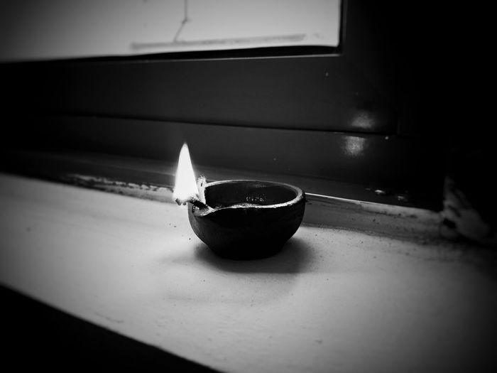Light And Shadow Vision Abstract Objectiveness Black & White Candle Hope Dark Indoors  Day No People Close-up EyeEm Selects