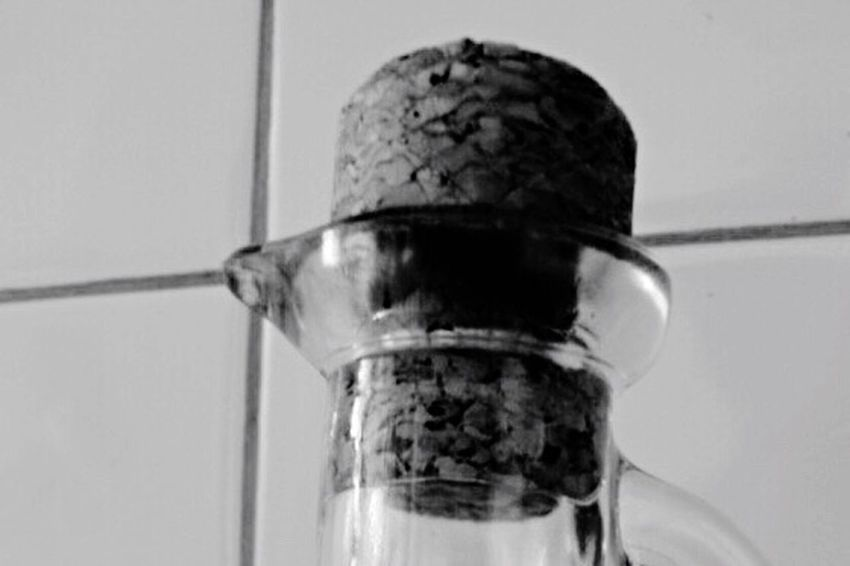 Close-up Close Up Closeup Eeyem Outoffocus Blurry Black And White Collection  EeyemBestPhotography Glass Cork Bottle Eeyemphotos Glass - Material Eeyem Photography Black And White Blackandwhite Photography Black&white EeYem Best Shots Black And White Photography Blackandwhite Glass Objects  Black & White Eeyemgallery Upclose  Side View