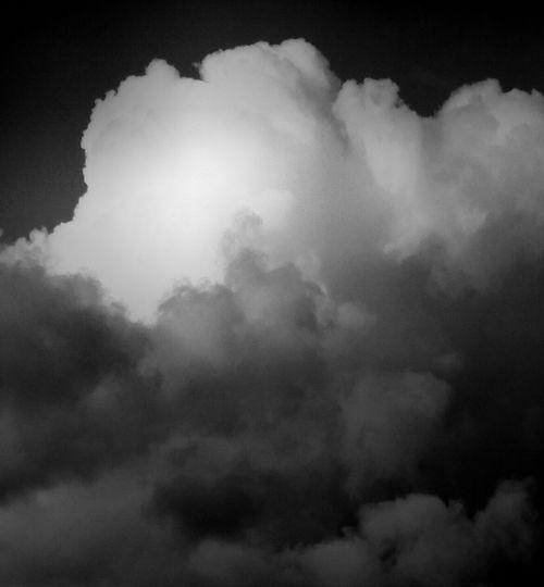 Wolkenpracht ... Cloud splendor :-) Clouds Wolken Wolkenpracht Cloud Splendor Clouds And Sky Schwarzweißfotografie Schwarzweiß Black And White Photography Black And White Eyeem Photography EyeEm Check This Out Beliebte Fotos The Week On Eyem Hello World Taking Photos Eyeem Market EyeEm Gallery Naturelovers Blanco Y Negro Blancoynegrofotografia I Like It Take Pictures Taking Pictures Eyeemphotography