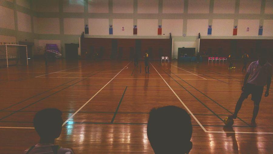 Njoy tournement Futsal Futbol FutsalTime Hello World Taking Photos Sundayactivities People Watching Excercising Have A Nice Day♥ Enjoying Life