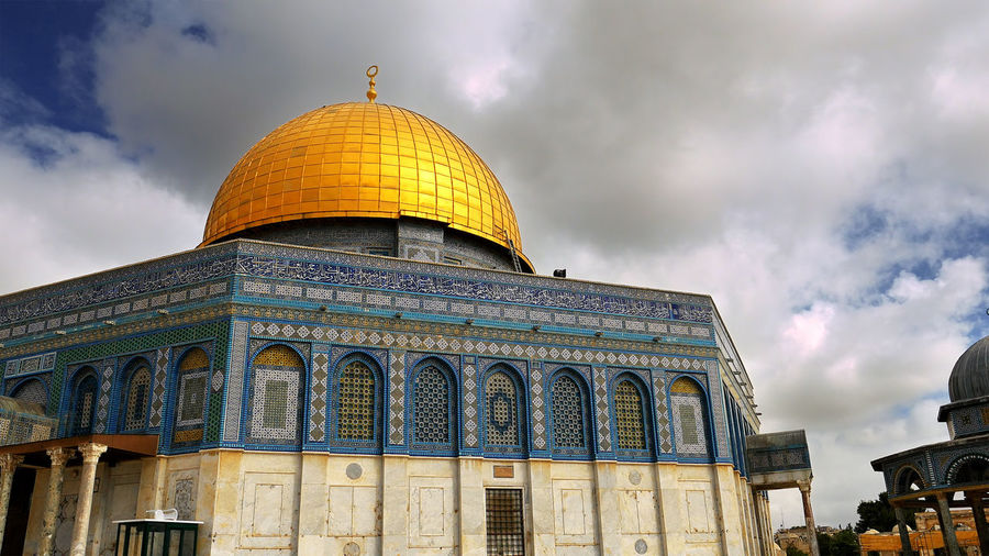 Architecture Building Exterior Built Structure Cloud - Sky Day Dome Dome Of The Rock Dome Of The Rock Jerusalem No People Outdoors Place Of Worship Religion Sky Spirituality Travel Destinations An Eye For Travel The Architect - 2018 EyeEm Awards
