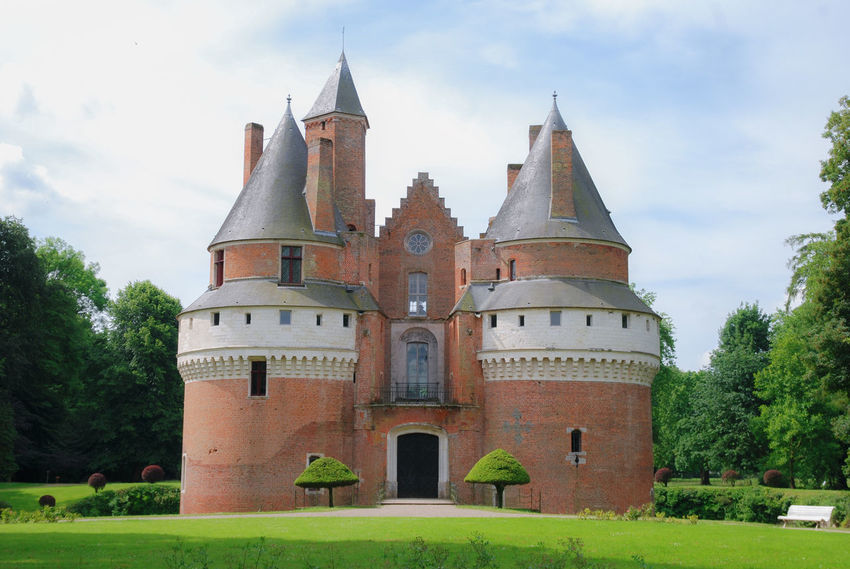 Château de Rambures, France. Castle France Picardie Tradition Architecture Bricks Building Exterior Built Structure Château French Front View History No People Outdoors Place Of Worship Plant Rambures Religion Sky Somme Spirituality The Past Tower Towers Travel Destinations