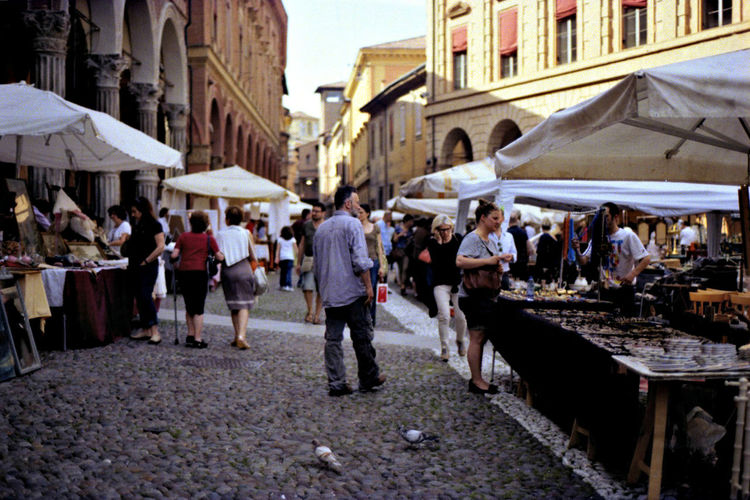 Bologna Casual Clothing Flea Markets Italia Large Group Of People Local Market Market Market Market Stall Mixed Age Range Old Town Outdoors Second Hand Stalls Viant