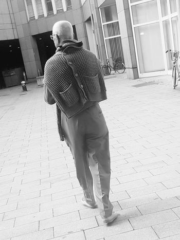 Portrait From Behind Portrait Photography Black And White Portrait Portrait Of A Man  Black And White Photography Street Photography Street Life Street Photo Streetphoto_bw City Street City Life My City Fine Art Photography EyeEm Best Shots - People + Portrait Showcase July People_collection Monochrome Photography Galaxy S7 Edge