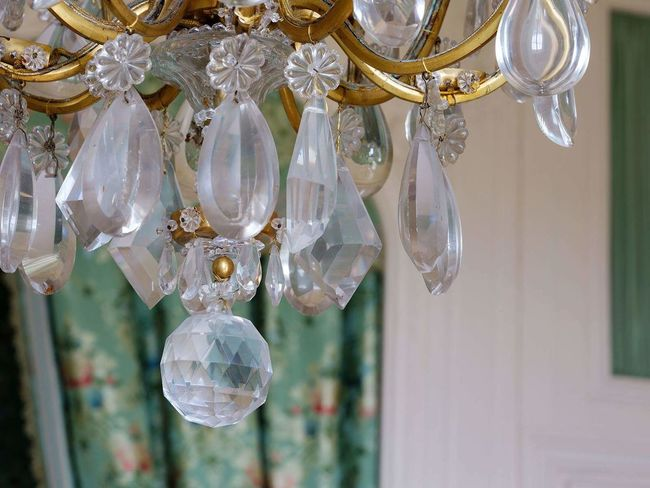 Luxury Hanging Crystal Elégance Electricity  Christmas Decoration Celebration Close-up