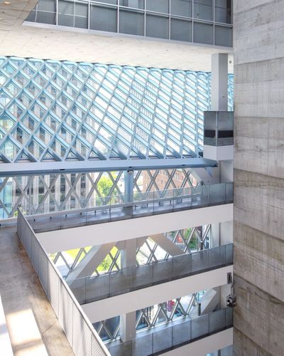 Architecture Postmodern Architecture Postwar Architecture Seattle Seattle Public Library Architectureporn Library Building Library Postmodern Architecture Architecture Rem Koolhaas Contemporary Built Structure Day No People Sunlight Staircase Building Metal Steps And Staircases Steel Modern
