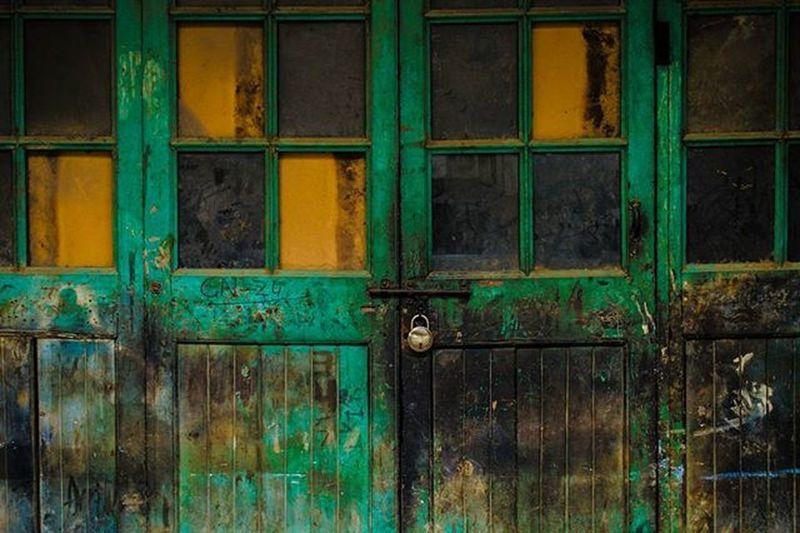 Locked Away Door Delhi India Colour Texture Photography _soi Natgeoindia Natgeo Sodelhi DelhiGram Delhidiaries Delhighted Nikon VSCO Vscogrid Topvsco Lock Newdelhi Discover  Explore Repost Natgeocreative Thephotosociety TPS green street instagram bestphoto