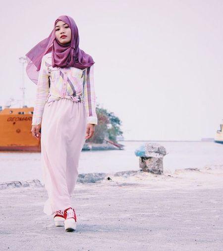 Model @dindaanggita15 Canon EOS Eos600d Canon_official Cirebonbening Cirebonjepret Instaview Hijabfashion Ootdhijabcirebon Cirebonwaterland VSCO Vscocam Instamood Candid Instalike Hijab Hijabers Girls Like4like Iphoneonly