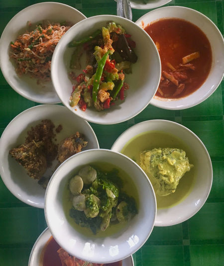 ndonesian cuisine, Padang food. Bowl Close-up Culinary Day Food Food And Drink Freshness Healthy Eating High Angle View Indonesia Cuisine Indonesia Culinary Indoors  Minang Minang Food No People Padang Padang Food Plate Ready-to-eat Rendang Spicy Traditional Food Vegetables Vertical