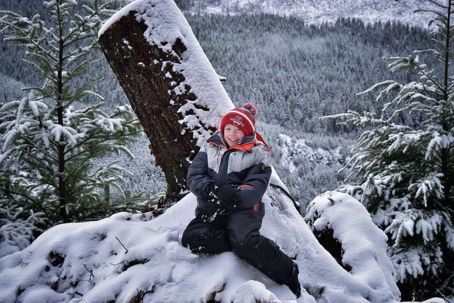 Winter Snow Cold Temperature Warm Clothing One Person Leisure Activity Outdoors One Man Only People Nature Day Landscape Adults Only Only Men Tree Mountain Adult Young Adult Snow ❄ Snow Covered Winter My Son Childhood Playing Child