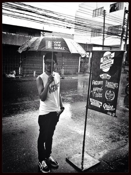 In raining day. Station12shop Black & White FVCE XFF! Streetphotography