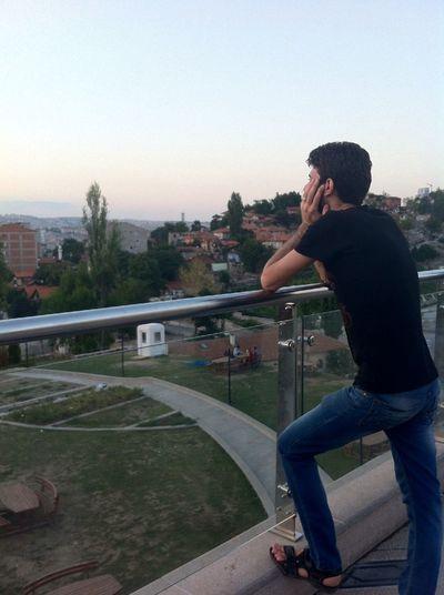 Bir kız benim yolculuğa Türkiye orada bana eşlik eder Ben bir Amerikan vatandaşıyım