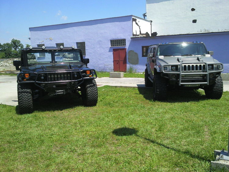 Semi-truck Transportation Land Vehicle Commercial Land Vehicle Outdoors Sky Business Finance And Industry Day Occupation No People Hummer Hummer H2 Hummer H1 Love Cars Route 66 Nice Nice Day
