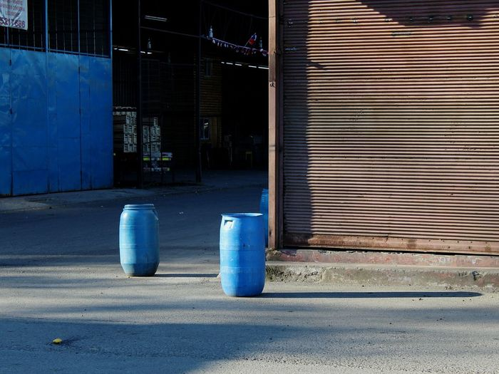 ss Industry Industria Chile Metal Texturas Composition Compositions Azul Lata Plastico Minimalismo Blue City Drum - Container Barrel Garbage Can Recycling Bin Recycling