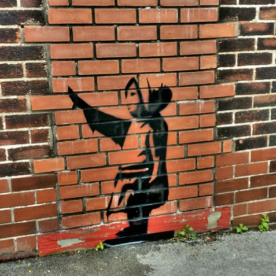 graffiti Banksy tribute