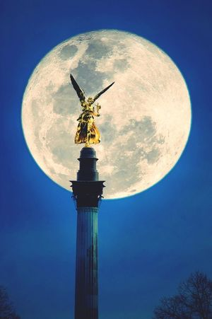 Hanging Out Berlin Moon Taking Photos Blue Germany Blue Sky Night Lights Angel Statue Full Moon Hello World Monuments
